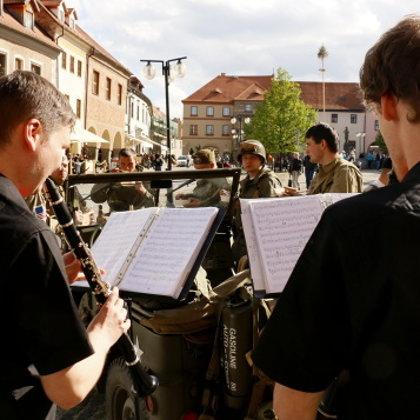 7.5.2015 / Vernisáž, improvizovaný koncert, Prachatické muzeum, Velké náměstí, Prachatice