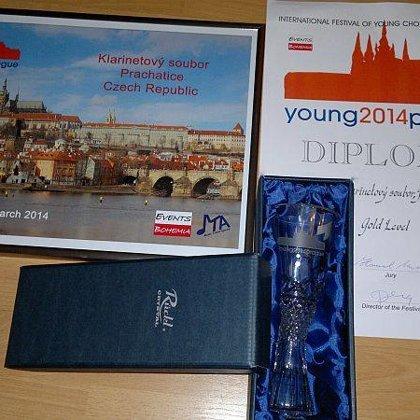 27.-30.4.2014 / Mezinárodní festival Young Prague 2014, Národní dům Vinohrady, Praha