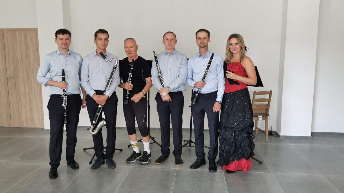 https://klarinetovy-soubor-prachatice.mozello.cz/galerie/params/group/202103/